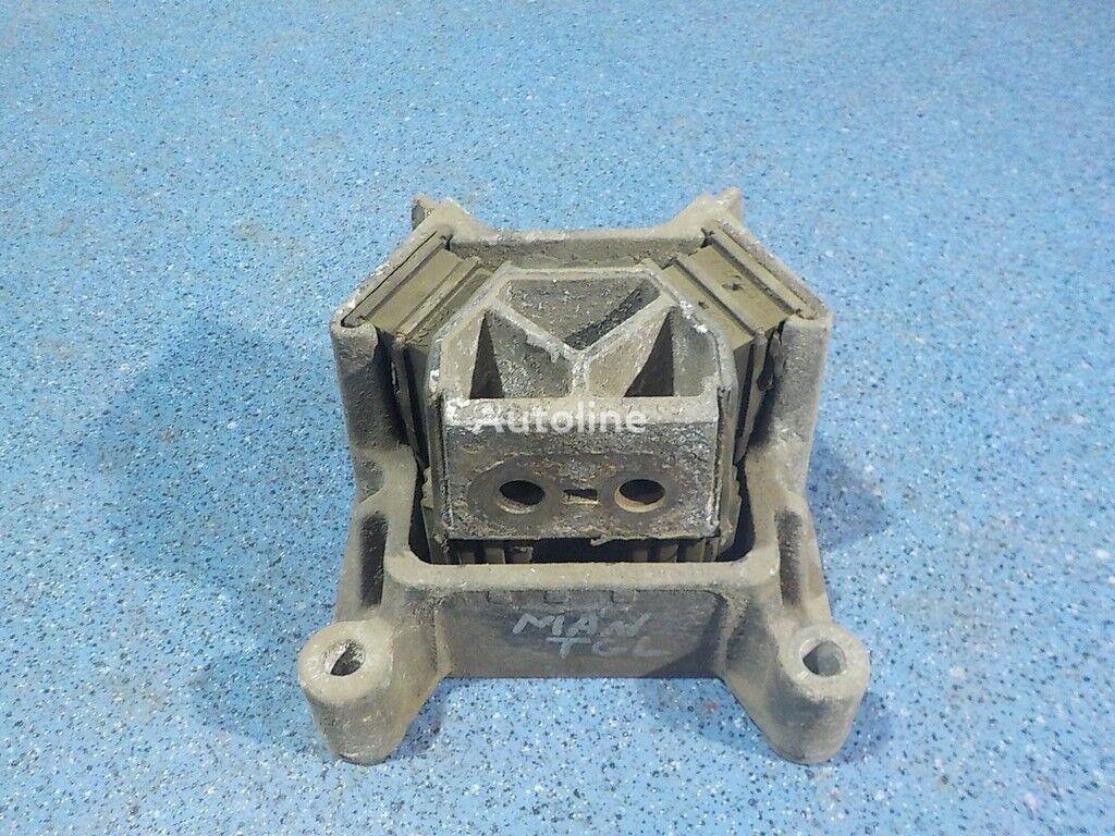Podushka dvigatelya MAN suport motor pentru camion