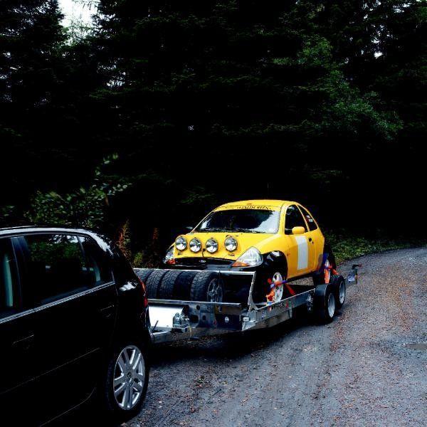 IFOR Williams CT136 remorcă transport auto
