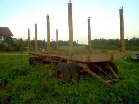 remorcă transport de lemne
