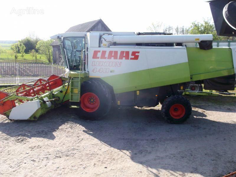 CLAAS Lexion 440 combină