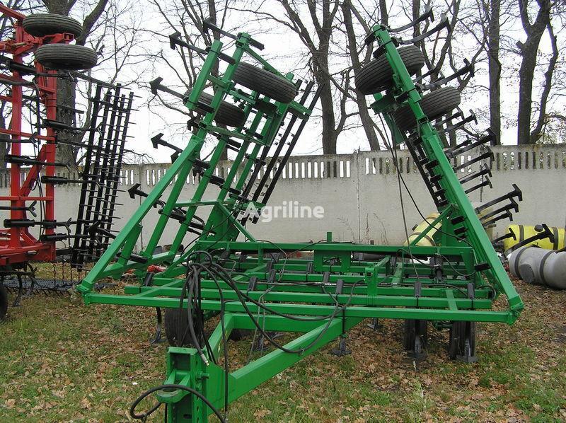 JOHN DEERE 960 predposevnoy 10 m cultivator