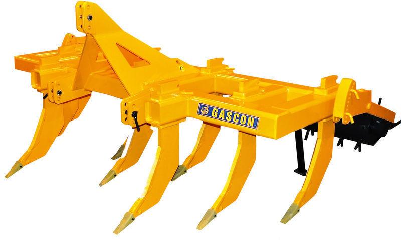 GASCON  Glubokoryhlitel Gascon SS9-3FR (270-330 l.s.) scarificator nou