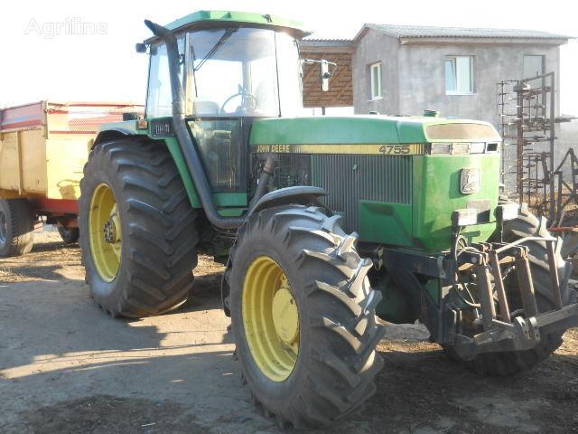 JOHN DEERE 4755 tractor cu roţi