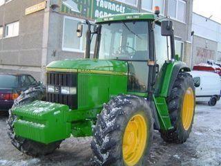 JOHN DEERE 6600 tractor cu roţi