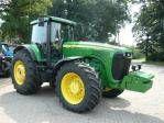 JOHN DEERE 8520 tractor cu roţi