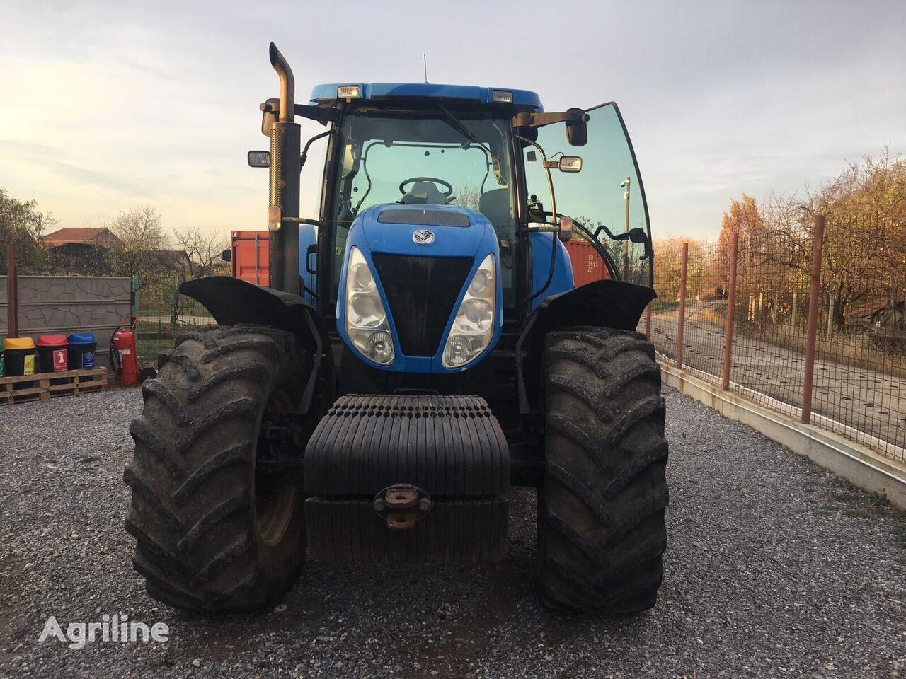 tractor cu roţi NEW HOLLAND T7060