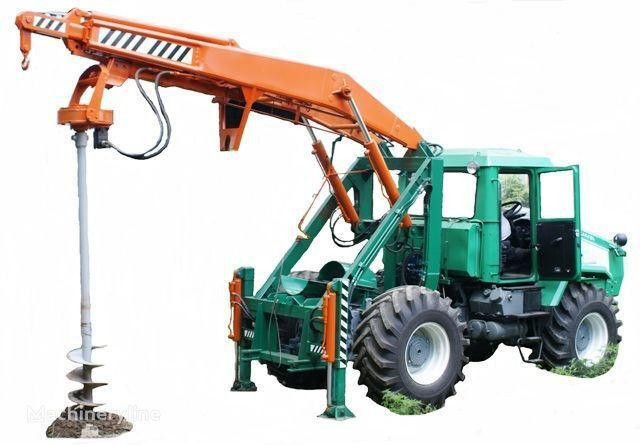 HTZ Burilno-kranovaya mashina BKM-3U na baze traktorov HTZ 150K-09, H alte mașini de construcții