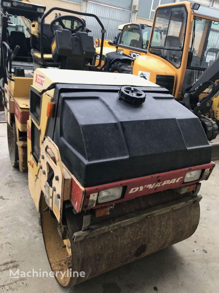 cilindru compactor pentru asfalt DYNAPAC CC102/F