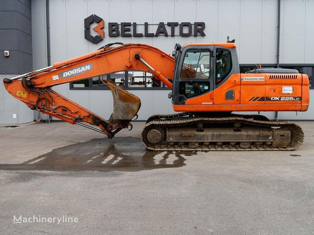 excavator pe şenile DOOSAN DX225LC