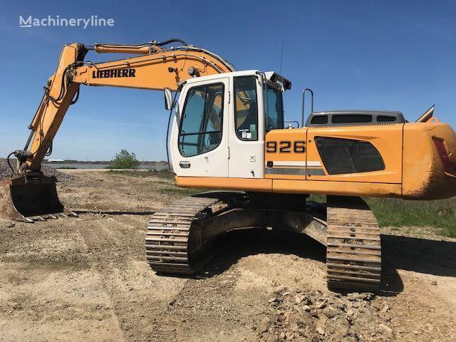 excavator pe şenile LIEBHERR R-926 LC