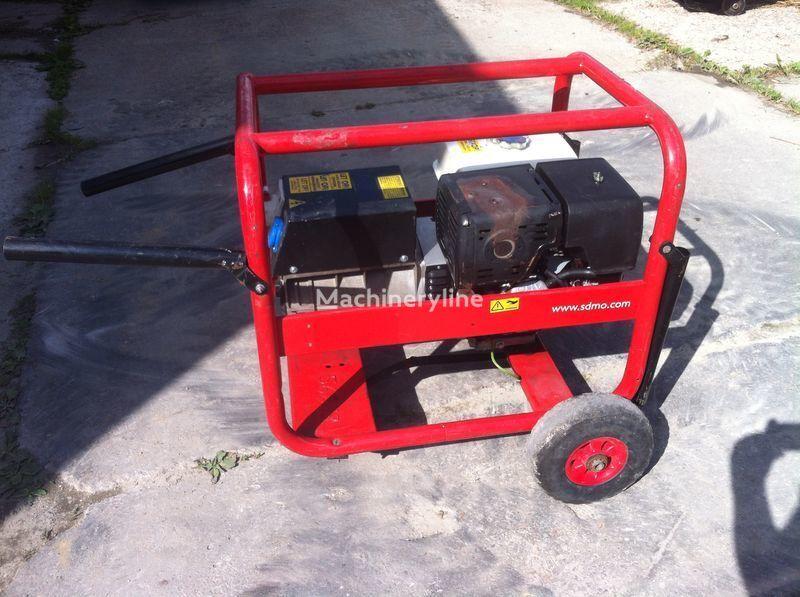 SDMO 7500 t-2 generator