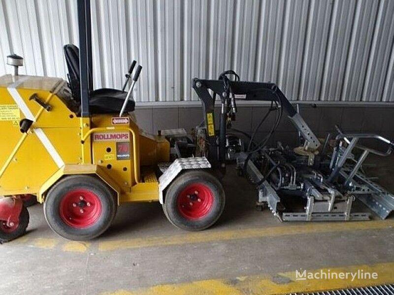 masina de montat pavele ROLLMOPS paving machine