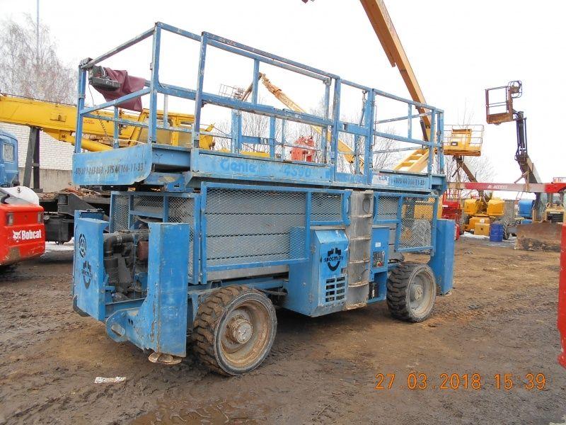 platforma foarfeca GENIE GS4390RT
