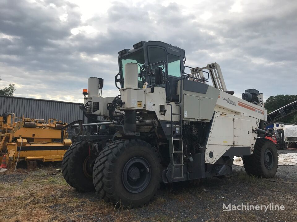 reciclare asfalt WIRTGEN WR2500S