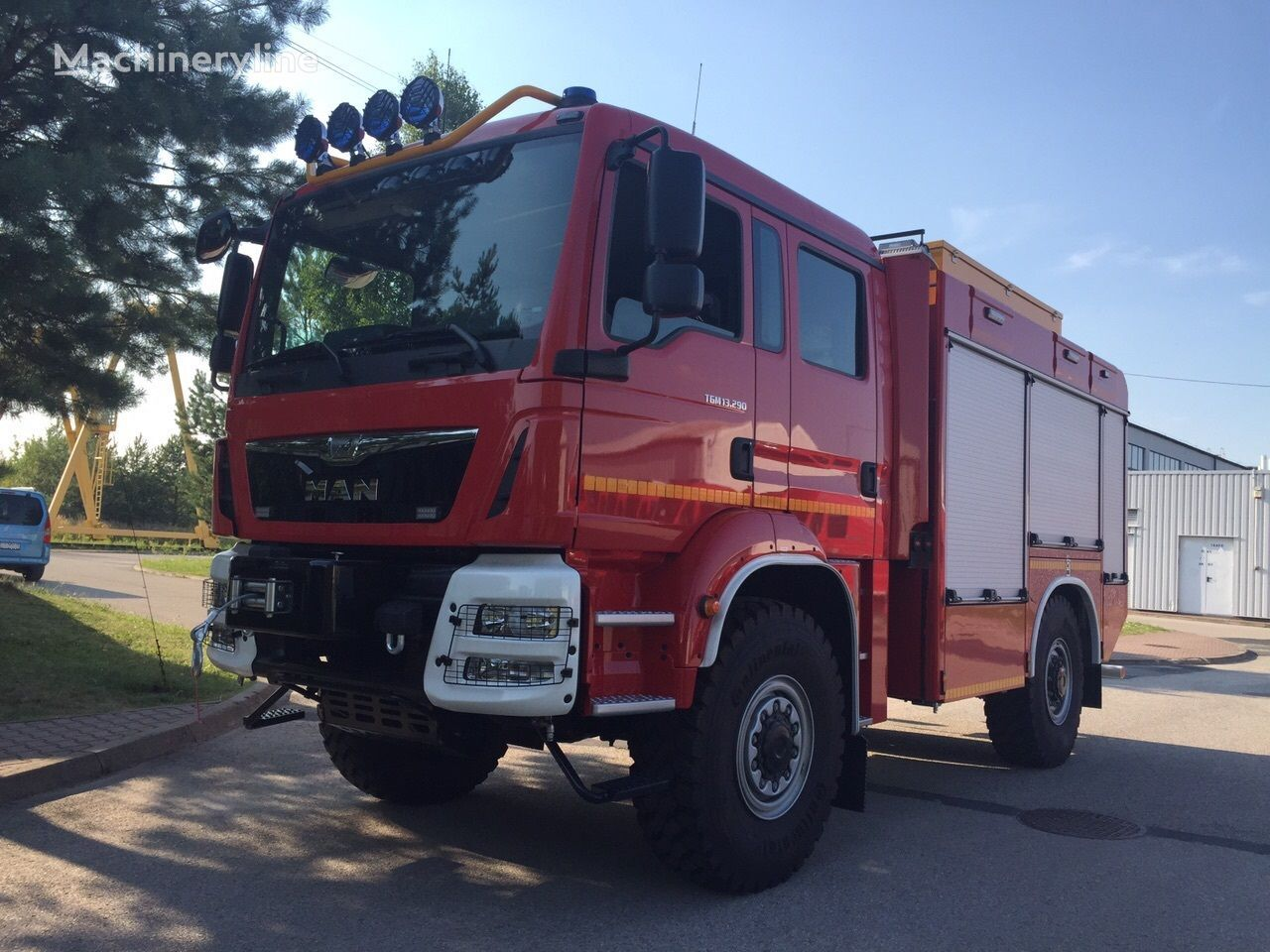 mașină de pompieri MAN TGM 13.290 Einzelbereifung 4x4 nouă