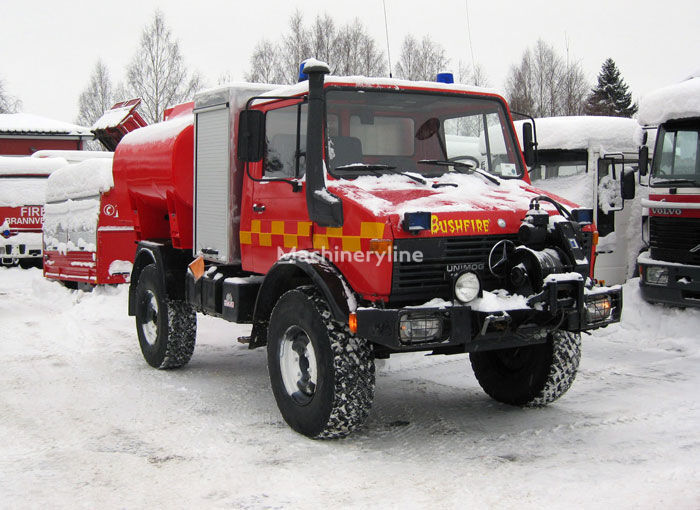 MERCEDES-BENZ Unimog U-1300 4x4 WD mașină de pompieri