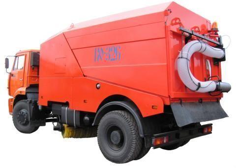 KAMAZ KO-326-02  maşina de măturat stradă