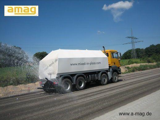 MAN Wasserwagen MAN TGA 41.480 - 8x8 maşina de măturat stradă